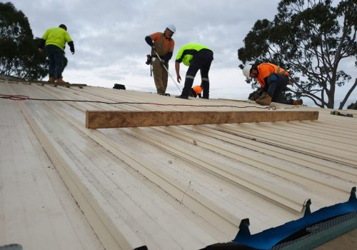 services-constructions-roofing-2